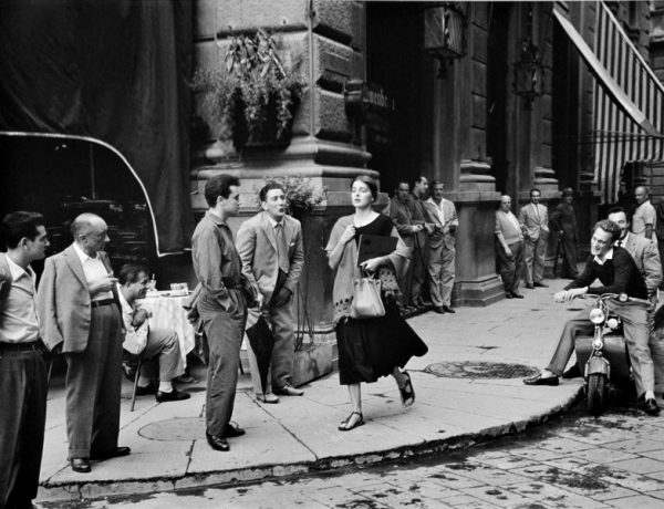 American-girl-in-Italy-1951-by-Ruth-Orkin