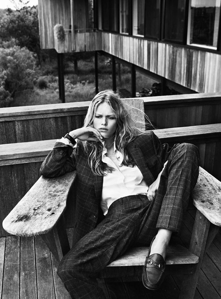 Anna Ewers by Josh Olins styled by Geraldine Saglio for French Vogue.
