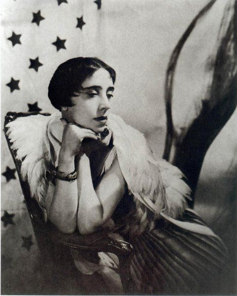 Remembering Elsa Schiaparelli A Look At The World S First Surrealist Fashion Designer Lone Wolf Magazine